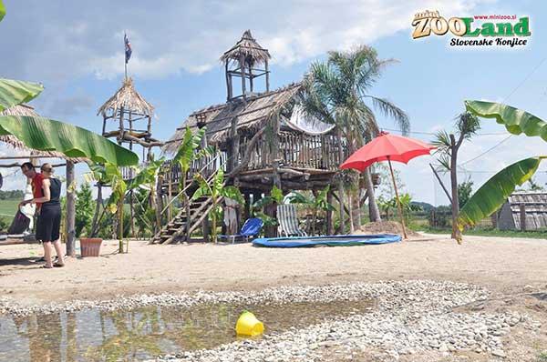 mini zooland tropical park