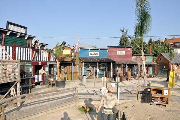 mini zooland wild west