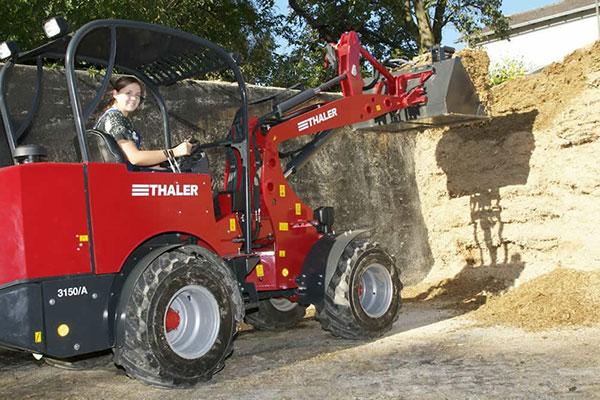 Creina-yard-tractors
