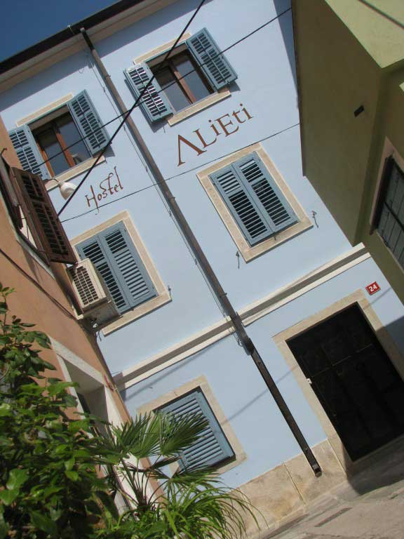 Hostel-Alieti