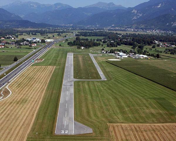 Alpski letalski center Lesce